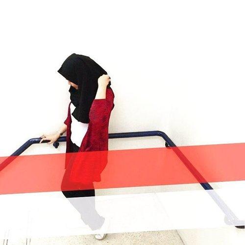Happy 71th Independence Day Indonesia !....#hootd #hootdduahijab #hootdindonesia #clozettedaily #clozetteid #clozette #hutrike71 #17agustus2016 #gaudivillers #gaudiclothing