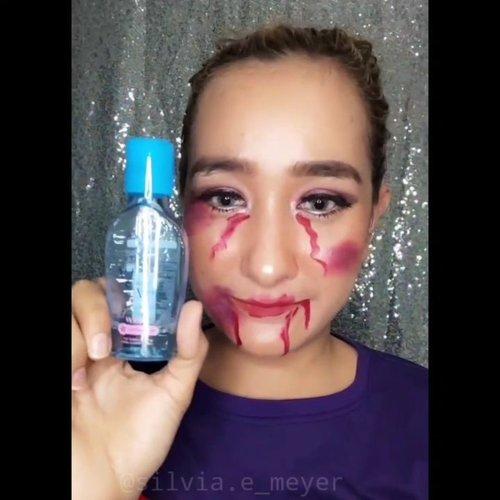 Sebelum nya pernah bikin Tissue Ajaib Silvia Nah kali ini Kapas Ajaib Silvia ya😆😆 Bersihin makeup pakai Micellar Water produk dari @senkaindonesia hanya butuh 2 kapas, makeup langsung bersih😍😍  #videocreator #videoedits #senkamicellarwater #senka #beautyvlogger #beautytips #beautybloggers #beautyreview #beautyinfluencer #tissueajaib #makeup #makeupidea #clozetteid #clozzeteid #beautygram #beautybloggers #beautyinfluencer #beautyinfluencer #cleansingmakeup #asianblogger #videoediting #tissueajaibsilvia #kapasajaibsilvia