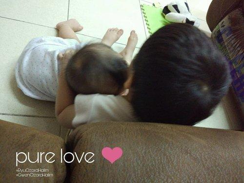 pure love ❤.#clozetteID #RyuOzoraHalim #GwenOzoraHalim #love#familygoal #brothersister #brothersistergoal