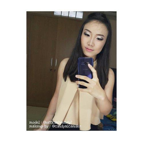 Makeup is an art... Nobody can go wrong!!! 😎😘😍 . Makeup : me ⭐ @cindyalcander  Model : mai lap unyil @officialwendy7 . Makeup service please DM ❤ . #clozetteID #mua #makeupartist #muabandung #muaindonesia #makeuppengantin #makeupwedding #makeupprewedding #makeupsweet17th