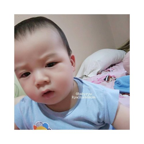 His cute angry face 😘😘😘 stop taking my photo Mommy!!! 😂😂😂😄😂😂😂 @baby.ryu #RyuOzoraHalim #baby #babyoftheday
