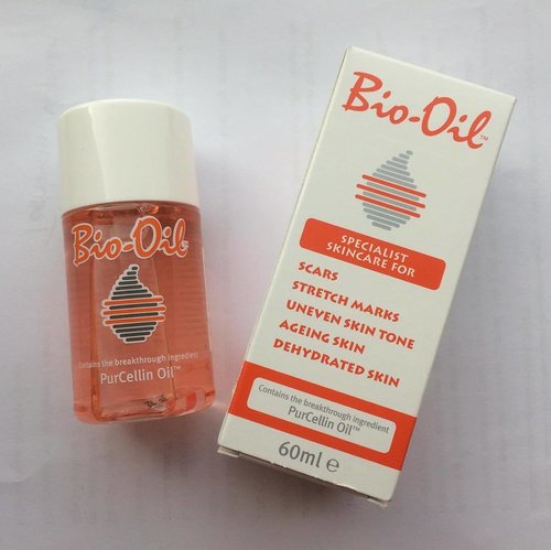 Bio-Oil, the magic dry oil to heal the scars, stretch marks, ageing skin, dehydrated skin, uneven skin tone, and acnegenic skin. Let's give it a try!  #BioOilLoveYourSkinandLife #lookgoodfeelgreat #emakblogger #clozetteID #CIDskincare #fdbeauty
