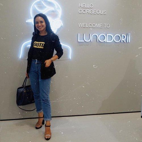 Congratulations @lunadorii for the new opening store at @supermalkarawaci . . btw buruan dateng hari ini dan dapetin diskon 30% all item!!