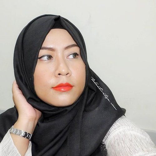 Give a woman a right lipstick and she can conquer the world. . . Featuring @wetnwildbeauty Purty Persimmon and @mukka_kosmetik Eyebrow pencil in brown. . . #wetandwildlipstick #wetandwildmegalastlipstick #wnw #purtypersimmon #orangelipstick #brightlipstick #makeup #makeupoftheday #motd #latepost #eyebrow #eyebrowpencil #brownbrows #brows #mukkakosmetik #indonesianbeautyblogger #hijab #blackandwhite #hijabers #indonesianhijabblogger #bblogID #bblogger #beautyblogger #beautybloggerindonesia #clozetteid #talkativetya