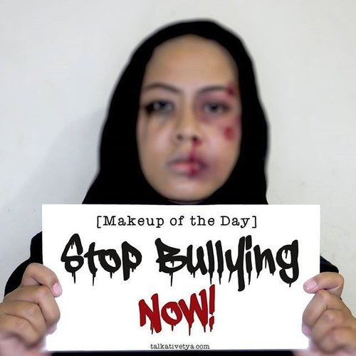 Stop bullying NOW! I've just written an article about bullying and I make a makeup look about bullying to raise people's awareness about the danger of bullying. Here in Indonesia, bullying often happens at schools and has caused death to many school students. So let's hold hands and fight these bullies!Find out more on my blog www.talkativetya.com/2015/10/stop-bullying-now.html#bullying #bully #bullies #stopbullying #stopbully #bullyingatschool #hentikanbullying #nobullyinginindonesia #makeup #makeupoftheday #iamavictimofbullying #stopbullyingsekarang #talkativetya #indonesianbeautyblogger #BeautyBlogger #bbloggers #BblogID #beautybloggerindonesia #clozetteID