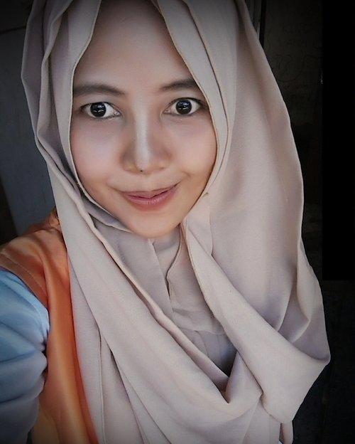 #instapic #photooftheday #ClozetteId #beautybloggerindo #indonesianbeautyblogger #indonesianfemalebloggers #bloggerperempuan #skincare #beauty #beautyenthusiast #Makeup  #MakeupLook #tutorial #tutorialmakeup #hijab #hijabfashion #hijaber #hijabinstan #hijabers #hijabindo #hijabinsta #hijabinspired #hijabstyle