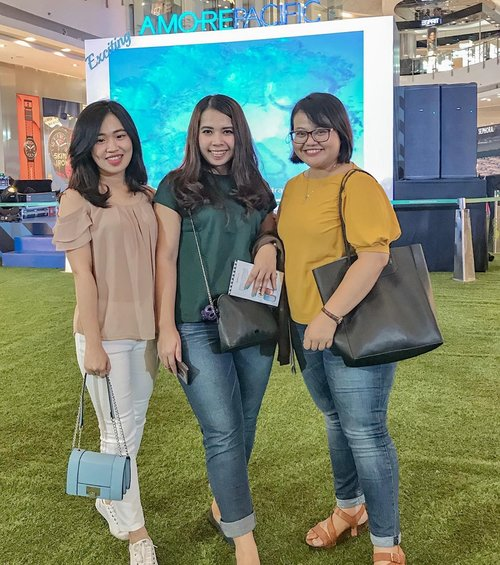 Happiness is having a bunch of freaking awesome and crazy friends 💃💃#AMOREPACIFICIndonesia #AMOREPACIFICGroup #ExcitingAMOREPACIFIC ..........#clozetteid #amorepacific #friends #bestie #likes #bestiegoals #beautyevent #eventoftheweek #kexpo #koreanskincare #skincarejunkie #beautylovers #ootd #potd #likeforlikes #photooftheday #ootdidku #instagood #friendship #instagram #clozetter