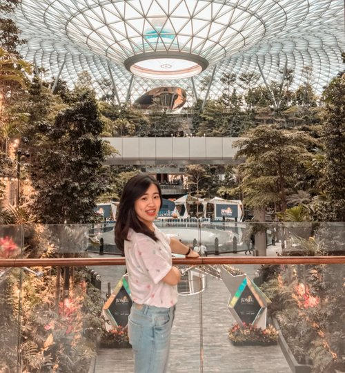 ~ Stress less and enjoy the best ✨ . . . . . . . . . . . #clozetteid #ootd #wanderlust #potd #shortescape #vacation #instagood #instatravel #photooftheday #outfitoftheday #likeforlikes #travelgram #holiday #holidaymood #traveling #exploresingapore #likes