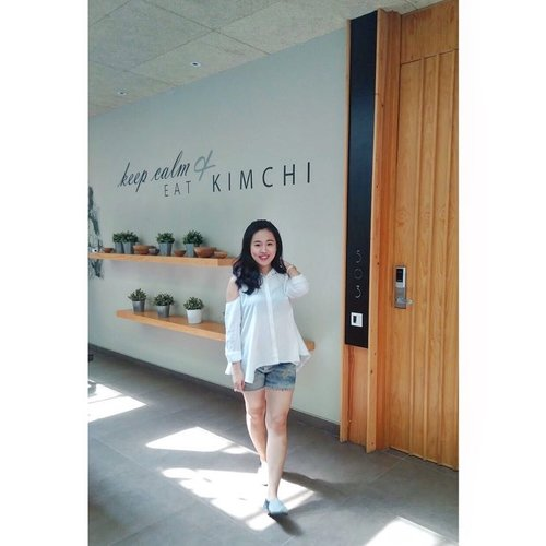 ~ keep calm and eat kimchi 😋 . . . . . . . . . . . #ootd #ootdindo #ootdfashion #potd #potdindo #lookbook #ootdidku #outfitoftheday #ootdmdo #kawanuaoutfit #ootdindonesia #picoftheday #pic #picofthemonth #fashion #casual #casualoutfit #lookbookindonesia #instagood #instapic #likes #likeforfollow #follow4like #asianlook #clozetteid #ggrep #photoshoot #photooftheday #vsco