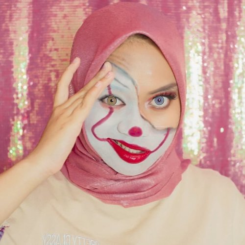 Siapa yg mau ikut terbang bareng? 🎈Inpired by @keilidhmua ...#pennywise #makeupbynfb @makeupbynfb #100daysofmakeup @100daysofmakeup #BeautyBloggerIndonesia @beautybloggerindonesia #indobeautysquad @indobeautysquad #indobeautygram @indobeautygram #clozetteid @clozetteid #makeupisart #art #painting #facepaint #artmakeup #it #it2