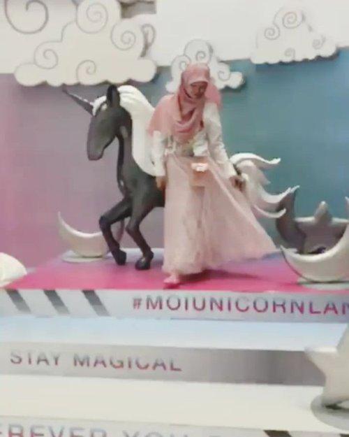Music: Feeling Fine URL: https://icons8.com/music/ . Permisi,  tuan puteri mau melangkah manjah dulu yaaaaa . . . #MOIUnicornLand #jilbabday #hijabtravellers #hijabday #hijabtravelling #hijabdaily #hijabtraveller  #unicorn #exploreindonesia #traveling #holiday #vacation #redtraveler #clozetteid #dolansebentar #CreateMoments #PesonaIndonesia #yourtravelvoice #AladinGetaway #travellerscantik #keluarbentar #INDOFLASHLIGHT #infiatravel #TripZillaTraveller