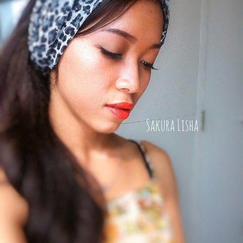 Using @iaso_indonesia lip crayon 😘😘 Love this color. ❤❤ #iasoindonesia #clozetteid #lip #lipstik #lips #orange #red #beauty #beautyblogger #beautybloggerid #blogger #internationalblogger #fotdibb #fotd #ibb #indonesianbeautyblogger #makeup #makeupartist #mua #vegas_nay #mayamimakeup #scarf #indonesia #world #netherland #jakarta #endorse