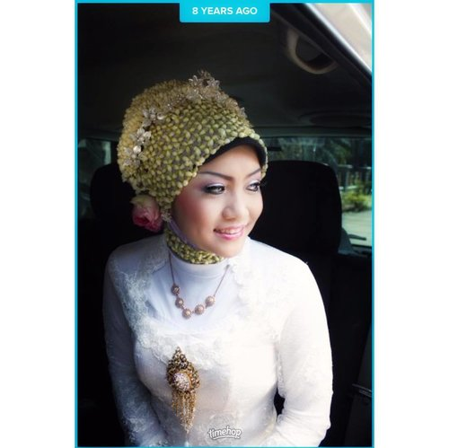 Bride .  #throwback #clozetteid #wedding #indonesianbride #merriedlife #8yearsanniversary