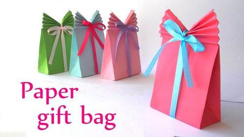 "<div class=""photoCaption"">DIY crafts: Paper GIFT BAG (Easy) - Innova Crafts - YouTube</div>"