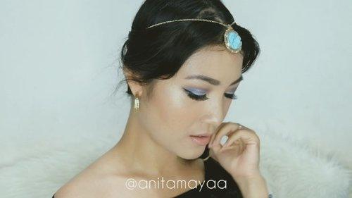 "<div class=""photoCaption"">OMG!! Waktu kecil mimpi bisa jadi Princess Jasmine, yash se is my most favorite Disney Princess 😍<br /> Dan akhirnya bangga banget bisa bikin Princess Jasmine makeup look, yah meskipun masih agak berantakan yaa.. 🙏<br /> .<br /> So, these are the products I used:<br /> @viecosmetics_official Oscar Night Eyebrow<br /> @thebalmid Rockstar Palette shade Allegro & Presto<br /> @absolutenewyork_id ICON Palette shade Sapphire, Periwinkle, and Dawn<br /> @ottie_indonesia Perfect Eyeliner<br /> @bohktoh.eyelashes<br /> @revlonid Ultra HD Matte Lip Color shade Seduction<br /> .<br /> I hope you like it 💕<br /> .<br />  <a class=""pink-url"" target=""_blank"" href=""http://m.clozette.co.id/search/query?term=anitamayaadotcom&siteseach=Submit"">#anitamayaadotcom</a>  <a class=""pink-url"" target=""_blank"" href=""http://m.clozette.co.id/search/query?term=indobeautygram&siteseach=Submit"">#indobeautygram</a>  <a class=""pink-url"" target=""_blank"" href=""http://m.clozette.co.id/search/query?term=tampilcantik&siteseach=Submit"">#tampilcantik</a>  <a class=""pink-url"" target=""_blank"" href=""http://m.clozette.co.id/search/query?term=powerofmakeup&siteseach=Submit"">#powerofmakeup</a>  <a class=""pink-url"" target=""_blank"" href=""http://m.clozette.co.id/search/query?term=bvloggerid&siteseach=Submit"">#bvloggerid</a>  <a class=""pink-url"" target=""_blank"" href=""http://m.clozette.co.id/search/query?term=makeup&siteseach=Submit"">#makeup</a>  <a class=""pink-url"" target=""_blank"" href=""http://m.clozette.co.id/search/query?term=wakeupandmakeup&siteseach=Submit"">#wakeupandmakeup</a>  <a class=""pink-url"" target=""_blank"" href=""http://m.clozette.co.id/search/query?term=beautybloggerindonesia&siteseach=Submit"">#beautybloggerindonesia</a>  <a class=""pink-url"" target=""_blank"" href=""http://m.clozette.co.id/search/query?term=jakartabeautyblogger&siteseach=Submit"">#jakartabeautyblogger</a>  <a class=""pink-url"" target=""_blank"" href=""http://m.clozette.co.id/search/query?term=bloggermafia&siteseach=Sub"