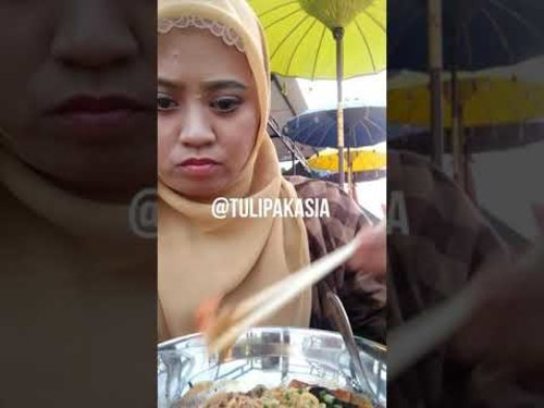 MUKBANG RAMEN KOREA - YouTube  MUKBANG 🍝 Neoguri Ramyoen 📍Dpayung Café 💸 Rp 20.000 . Meski jerawat muncul, bawaannya pengen pedes 😆 #mukbang #wowmukbang @wowmukbang @mukbang.makan #foodmediaid @foodmediaid #foodbloggerindonesia #foodaddict #foodyindonesia #foodenthusiasts #foodjunkie #asmreating #asmr #asmrfood #asmriceeating #groupjavas @groupjavas #ayamgeprekmozarella #mukbangindonesia #bloggerperempuan @bloggerperempuan #makanantradisional #makananjamannow  #enakjamannow #Cecekuliner #Kokokuliner #Cicikuliner #nonakulineran #nonakuliner #transmartsda #dpayungcafe #foodlover #jalanjajan #destinasijajan #Laperjajan #clozetteid
