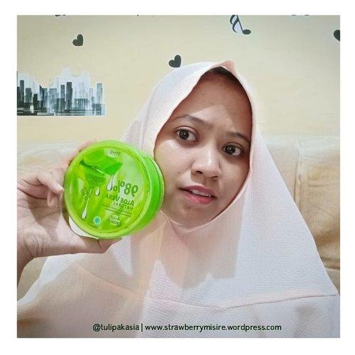 Aloevera TimeSoothing gel lokal ini wajib dicoba karena teksturnya lembut gak bikin lengket ditangan.Cek review lengkapnya di YT akuhttps://youtu.be/cTOrThpVaAcDan blog akuhttps://strawberrymisire.wordpress.com/2019/03/02/review-thai-cosmetic-si-soothing-gel-lokal-aloevera/..#bloggirlsid#beautybloggerindonesia#indobeautysquad#beautiesquad#beautygoers#indobeautygram#indobeautyblogger#beautilosophy#itsbeautycommunity#beautycollab#beautyranger#kbbvacb#bandungbeautyvlogger#beautyinfluencercommunity#beautychannelid#beautychannelidtrend#girlscreation#clozetteid#beautyreviewindonesia#beautyinfluenzasurabaya#instablogchallenge #instablogfebruari#mbbvcommunity
