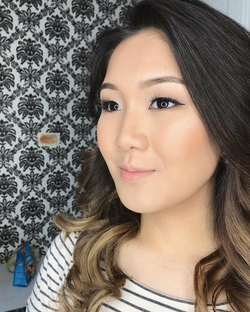 Simple Hair and Makeup for Film 。。。*client is having lash extension* #muavancouver #vancouverbride #vancouverwedding #vegas_nay #hudabeauty #brian_champagne #makeupslaves #makeupfanatic1 #makeupindo #muajakarta #muaindo #fdbeauty #clozetteid #clozette #indonesianbeautyblogger #indonesiabeautyblogger #beautybloggerindonesia #vancouvermua #indobeautygram #indovidgram #asianeyes #monolid #slave2beauty #slave2makeup #makeupartistjakarta #preweddingmakeup #makeupartistjakartaselatan