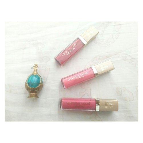 Hai semuanya! Kembali lagi dengan review lipstick dan lip liner dari @inezcosmetics ! Aku suka banget nih sama produk ini. Baca review lengkapnya di blog aku yaa http://www.laucchi.com/2017/09/sponsored-review-bibir-cantik-dengan.html atau bisa di klik langsung di bio. #beautiesquadxinez #liquidlipstick #lipliner #makeup #inezcosmetics #beautyblogger #indonesianbeautyblogger #bloggerperempuan #clozetteid