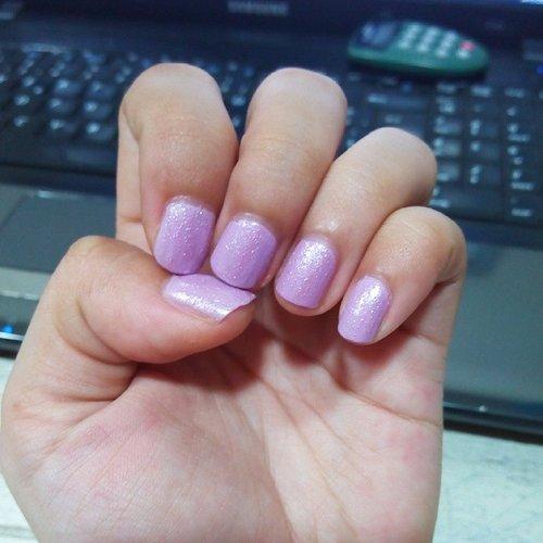 Simple nail of the day #nailed #nailart #simplenail #bloggerid #beautybloggerid #idbeautyblogger #ClozetteID