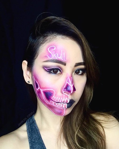 [ 💗NEON SKULL 💀] Inspired by @the_wigs_and_makeup_manager ; thank you for keep inspiring me on practicing 💖 ------ Key products : 💀 @juviasplace Masquerade Palette from @comamakeup 💀 @nyxcosmetics_sg NYX White Liquid Liner; NYX Liquid Suede in Stone Fox 💀 @maccosmetics Spellbinder Shadow in Retrograde ----- #ladies_journal #makeup #makeupgeek #makeuplover #makeupjunkie #makeuptransformation #skull #neon #beauty #beautygram #clozette #clozetteid #maccosmetics #nyxcosmetics #nyxprofessionalmakeup #juviasplace #juviasplacemasqueradepallete #sfx #sfxmakeup