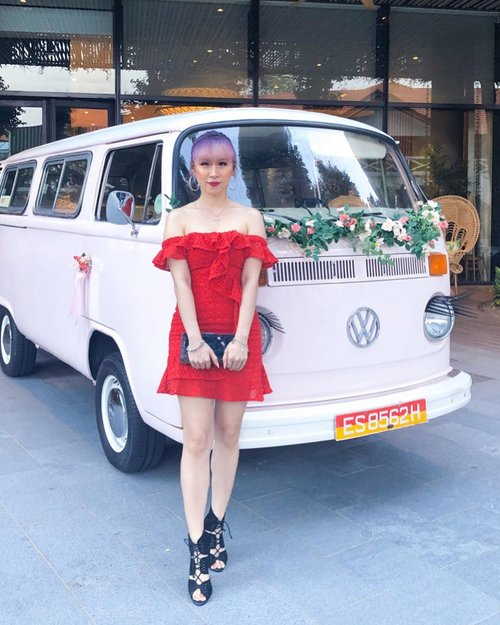 Congratulations to @chloetwl and Ben for you amazing lovely wedding. Happy wedding #theonlywanforben  Dress by @_ohyoufancy_  Hairdo by @katherineseakx99 @99percenthairstudio 🚍📸 by @lkzx  #ladies_journal #ootd #weddingdinner #fashion #lookbook #beauty #clozette #clozetteid