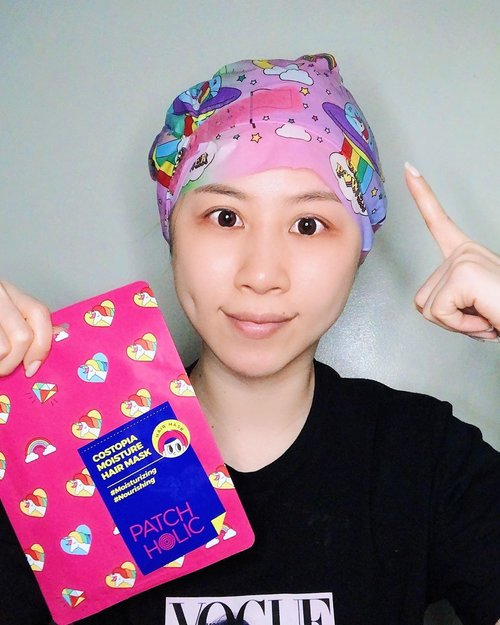 Don't ask why suddenly I have double eyelid. Because I just finished watching K-drama in one day 💁🏻  Btw this hair mask is really good tho. It's very #moisturizing and #nourishing   Costopia Moisture Hair Mask (5EA) http://hicharis.net/ladiesjournal/O1p  #CHARIS #COSTOPIA #PATCHHOLIC #HNCO #CHARISSTORE #charisAPP @hicharis_official @charis_celeb #ladies_journal #review #beauty #clozetteid #clozette #nomakeup #beautyreview