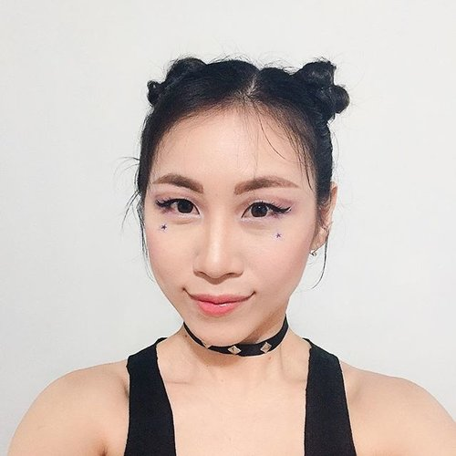 I feel so J-pop in cute way and this look get inspired from @mariakarinaa that I silently love it 😜 . . . #ladies_journal #clozette #clozetteid #selfie #makeup #cotw #jpop #kpop #makeup #makeupartist #makeupjunkie #makeuptransformation #beauty #beautyblogger #bblogger #fotd #motd #transformation #asian #asiangirl #cute #kawaii #gwiyomi