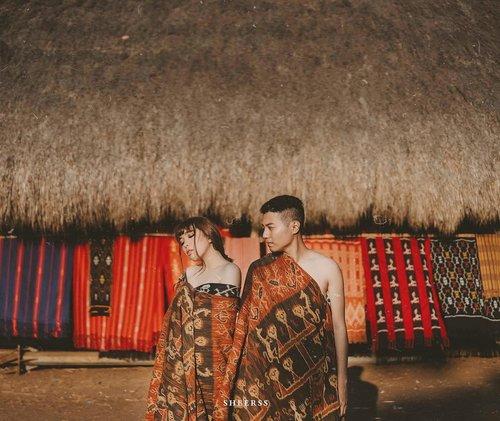 D-day - 5 🙈🖤..📷 @zakhrihrp #sheerss #sheerssHari .....#sumba #exploresumba #ntt #preweddingsumba #sumbaprewedding #wonderfulindonesia #travel #clozette #clozetteid #thebridedept #sumbatimur