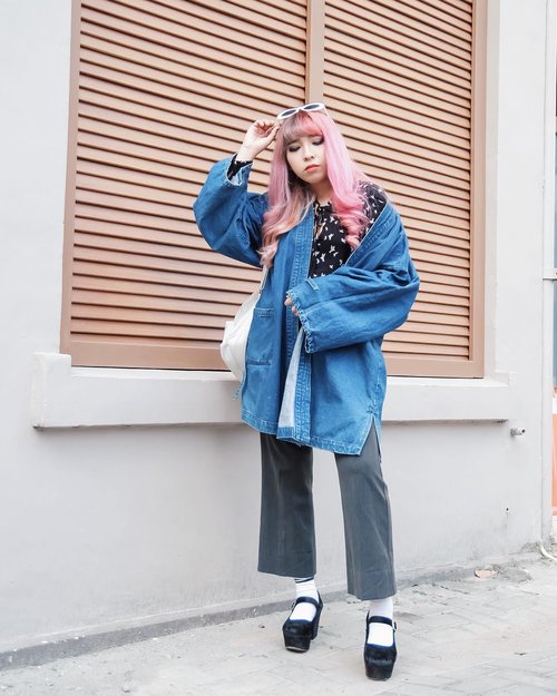 Everyday may not be a good day, but there is good in every day. . . . . . #clozetteID #clozette #ggrep #ggreptrend #ggrepstyle #medanbeautygram #cgstreetstyle #lookbookindonesia #cidstreetstyle #looksootd
