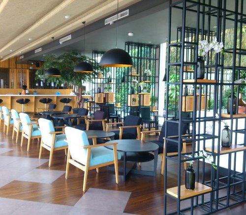 Place and moment 💕...#ClozetteID #place #culinary #hotel #food #travel #travelblogger #bloggerperempuan #bloggerlife #bloggerindo #indonesianfemalebloggers #indonesianhijabblogger #clozettedaily #tamaboutique #tamaboutiquehotel #tamahotel #koreanstyle #lifestyle #lifestyleblogger