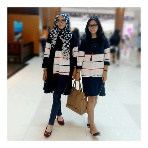Twin series 😄..#clozetteID #ootd #sisterhood #outfitoftheday #sistertime