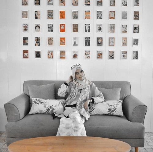 When you think positive, good things happen. 😇....#clozetteID #clozettedaily #starclozetter #hijabstyle #hijablook #hijabootdindo #indonesianhijabblogger #indonesianfemaleblogger #fashionblogger #bloggerlife #bloggerindo #pipedreambandung #lifestyle #LifestyleBlogger