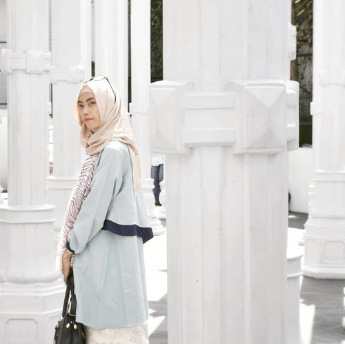 Take your time. Don't regret it. Happy weekend! 💖hijab by @havaid , top by @antiiqahijab 💕 #tapfordetails......#clozetteID #style #Fashion #lifestyle #blogger #bloggerlife #bloggerindo #hotd #hootd #hijab #hijabstyle #hijablook #travelblogger #travelingwithhijab #starclozetter #clozettedaily #indofashionpeople #fashionhijab #lookbook #lookbookindonesia #diannostyle #bloggerindonesia