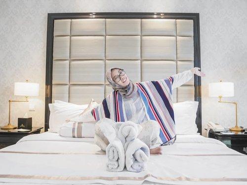 Morniiiing ~ stay positive and keep healthy 🌈 . . . . #Life #Lifestyle #clozetteid #positivevibes #positiveenergy #lifestyleblogger #staycation #thepapandayan #thepapandayanhotel #bandung #hotelbandung