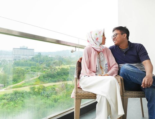 Quality time, the most valuable things for everycouple. Just enjoy it 💕....#ceritaDianAri #DiariJourney #Marriage #clozetteid #life #clovegardenhotelbandung #clovegardenhotel