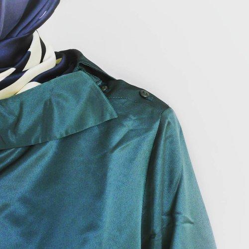 Unique and elegant. Colour your life. #tapfordetails ......#KorzCollection #KorzXDian #ClozetteID #fashion #style #fashionstyle