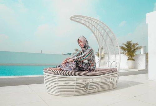 Pagi kamis manis 💙 . . . . . . #clozetteid #clozettedaily #lifestyleblogger #lifestyle #indotravellers #indonesianhijabblogger #bloggerlife #debragabyartotel #DeBragaHotel #bandunghits #bandung #exploreindonesia #explorebandung #HotelBandung #HoteldiBandung @debragabyartotel