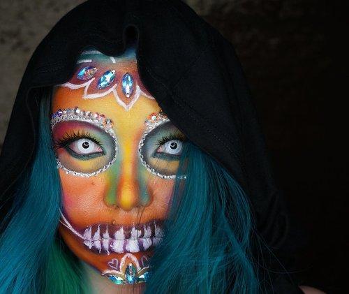 Finally it's upppp 😊😊😊 happy to upload it before #halloween #halloween2017  I hope this #makeuptutorial #halloweenmakeup #halloweenmakeuptutorial could give some idea 💡 to #havingfun Link on my bio 🙌 or  https://youtu.be/oWKmy4S45Lw #spooktober #indobeautygram #makeuplover #makeupjunkie #makeuppost #makeuptalk #makeupartist #ilovemakeup #wakeupandmakeup #beautyblogger #beautyvlogger #clozette #clozetteid  #sugarskull #glamsquad #manicpanicnyc
