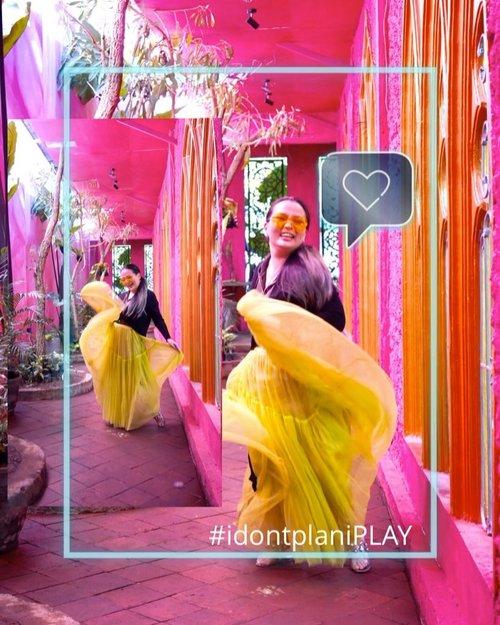Lets PLAY 💞 • • • Happy Long weekend everyone... • • • I have a good time 😊 Thank you for great hospitality @souk.mlg 💞 And your lovely neon skirt @sirenclothingind 💚 • • • #momentsofmine #letsdance #neon #pink #blessed #grateful #surrender #clozette #summersamba #dancerlife #dancerforlife #thankful #clozetteid #idontplaniplay #livingmybestlife #bossanova #zara #stevenmadden #gratefulheart #dior #idontplanipray #mystyle #ootd #mycomfystyle #workhardplayhard #workingmomlife