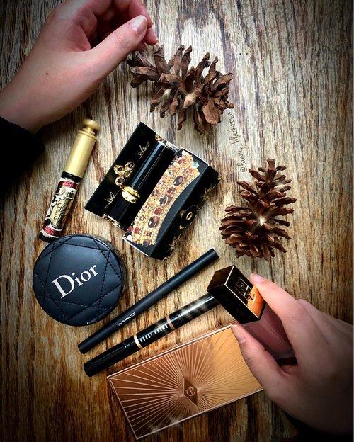 #OneFineDay . . . #dior #diorvalley #diorbeauty #diormakeup #charlottetilbury #charlottetilburymakeup #filmstar #patmcgrath #patmcgrathlabs #patmcgrathlipstick #mascara #makeup #makeuppost #makeuplife #makeupartist #makeupartistlife #clozette #clozetteid #maccosmeticsid #bobbibrownid #wooden #nature #luxurybeauty #ysllipstick #yslindonesia