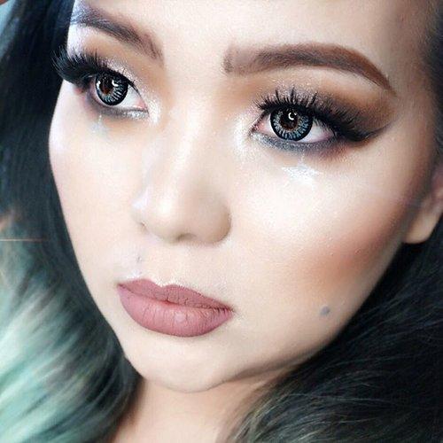 """This is my #Glamour #makeuplook for @mizzucosmetics and @lamicabeauty challenge."" #MizzuCosmetics #LamicaBeauty #MizzuXLamicaChallenge 💖🌟💖🌟💖🌟 Let's play @veronikajane @augitaamanda @makeupwithselly 💖🌟💖🌟💖🌟 #makeup #makeuppost #makeuplover #makeupaddict #glamourmakeup #luxurybeauty #luxurymakeup #selfie #selca #ilovemakeup #makeupjunkie #clozetteID #makeupartistry #makeupartist #asian #beautyblogger"