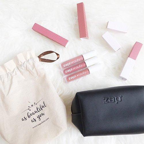 @zap_beauty lip matte review is up on blog! Lip matte ini menjadi favorit aku setiap hari karena tahan lama dan waterproof! Makan, minum ga hilang guys 😂. Cek review selengkapnya di www.cathysie.com / klik link di bio ya ❤️ . . . . . . . #zapbeauty #zapbeautyreview #zapbeautylipmatte #zapclinic #review #beauty #bblogger #indobeautygram #beautynesia #clozetteid #lykeambassador #indonesianfemalebloggers #beautyblogger