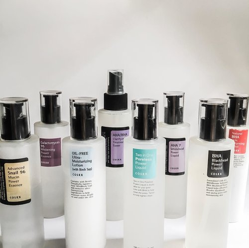 """<div class=""""photoCaption"""">on a bad (skin) day, there's always @cosrx 😎🙌🏻<br /> 〰️<br /> 🚨whitehead day: aha 7 whitehead power liquid<br /> .<br /> 🚨blackhead day: bha blackhead power liquid<br /> .<br /> 🚨dry patch-y day: snail 96 mucin essence<br /> .<br /> 🚨dull day: galactomyces 95 tone balancing essence (prev: whitening power essence)<br /> .<br /> 🚨cystic/fungal acne day: natural bha returning a-sol<br /> .<br /> 🚨hot day: two in one poreless power liquid<br /> .<br /> 🚨everyday: aha/bha clarifying toner<br /> .<br /> 🚨dehydrated day: oil free ultra moisturizing lotion<br /> 〰️<br /> what's your bad (skin) day go-to? .<br /> .<br /> .<br />   <a class=""""pink-url"""" target=""""_blank"""" href=""""http://m.clozette.co.id/search/query?term=skincarecommunity&siteseach=Submit"""">#skincarecommunity</a>  <a class=""""pink-url"""" target=""""_blank"""" href=""""http://m.clozette.co.id/search/query?term=abcommunity&siteseach=Submit"""">#abcommunity</a>  <a class=""""pink-url"""" target=""""_blank"""" href=""""http://m.clozette.co.id/search/query?term=skincareaddict&siteseach=Submit"""">#skincareaddict</a>  <a class=""""pink-url"""" target=""""_blank"""" href=""""http://m.clozette.co.id/search/query?term=skincarejunkie&siteseach=Submit"""">#skincarejunkie</a>  <a class=""""pink-url"""" target=""""_blank"""" href=""""http://m.clozette.co.id/search/query?term=kbeauty&siteseach=Submit"""">#kbeauty</a>  <a class=""""pink-url"""" target=""""_blank"""" href=""""http://m.clozette.co.id/search/query?term=clozetteid&siteseach=Submit"""">#clozetteid</a></div>"""
