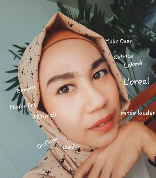 Let's go to share about beauty.Jarang2 kan gue share full face gini. HahahaSilahkan GESER kanan ya 😚#clozetteid #clozette #makeup ##beautytips #tips #lookatme #makeuptransformation #life #beautybloggers #bloggerlife #hijab #makeupoftheday #makeuplooks #turban #beautycare #beautybox #style #facetime #fashion #beautyaddict #hijabdaily